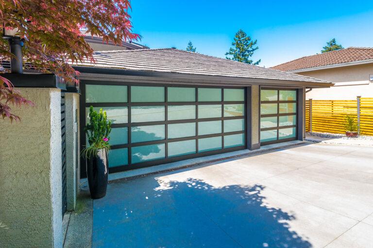 Garage Door Services in Cedar Park